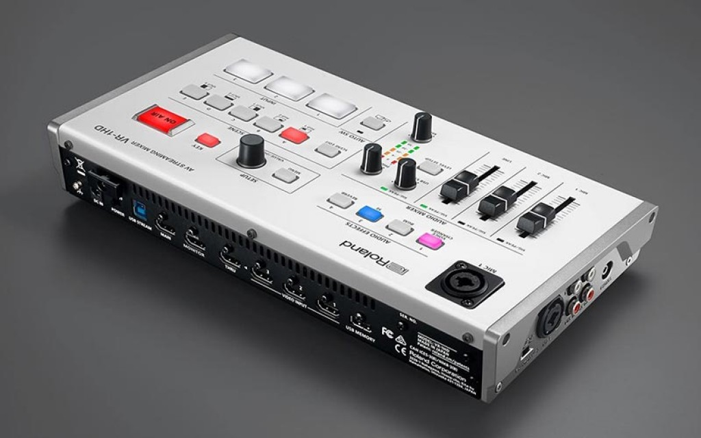 Roland VR-1HD - Streaming Mixer